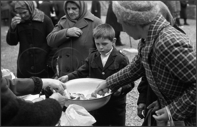 Светлое Христово Воскресение. Сбор пасхальных даров. 14.04.1985