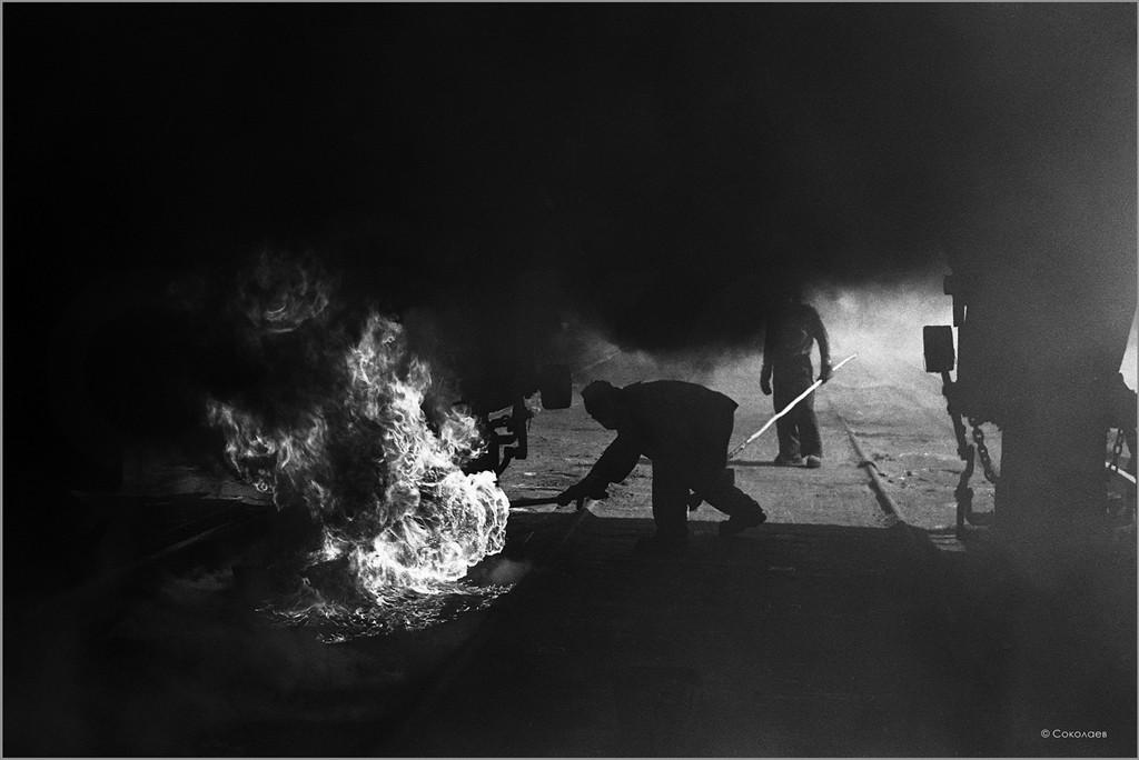 Завалка кокса. Люковая площадка коксового цеха Кузметкомбината. 15.05.1981