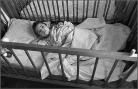 Одиннадцать лет - и все в кроватке 23.11.1987