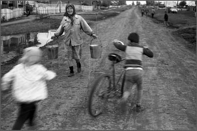 Деревенский велосипедист. Село Белогородка. Мариинский район.