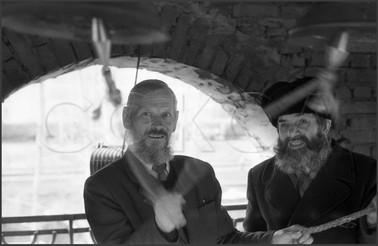 Пасхальный перезвон на церковной колокольне. Светлое Христово Воскресение. 15.04.1985