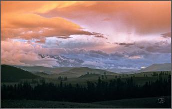 Закат в Курайской степи. Горный Алтай. 26.07.2006