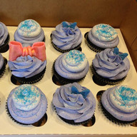 Jojo Siwa inspired cupcakes