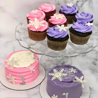 Smash Cakes for Twins