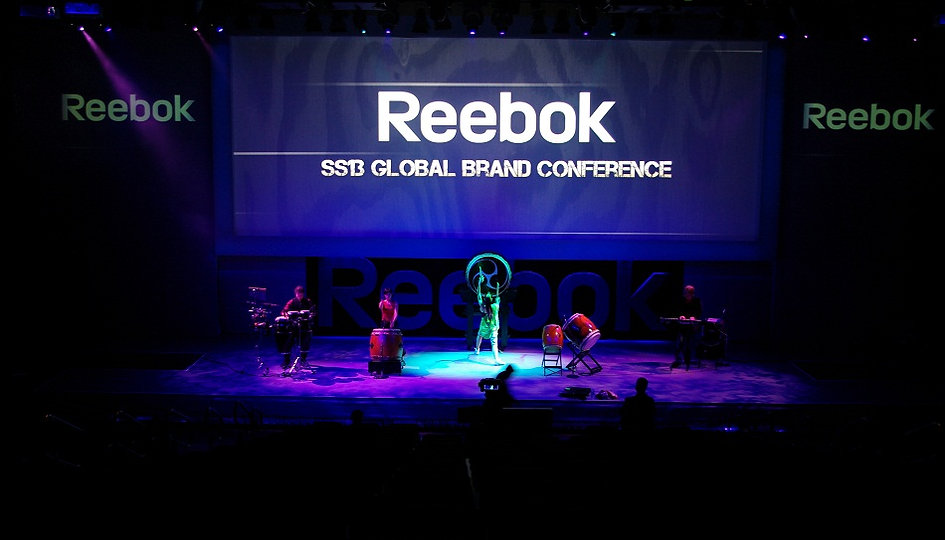 World Music with Japanese Taiko Drums Reebok