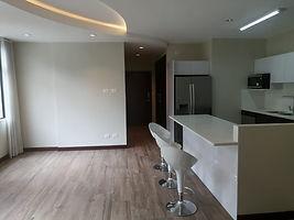 Moderno apartamento con variedad de amenidades en zona 10