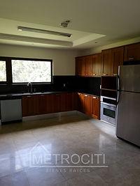 Hermosos y espacioso apartamento en renta en zona 14
