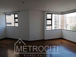 Se renta amplio apartamento en área tranquila y segura de zona 14