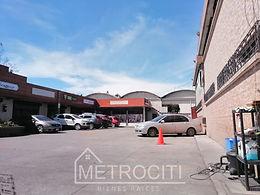 Se renta local comercial en km 18 dirección a Olmeca