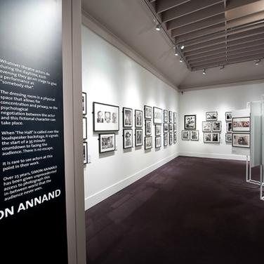 SIMON ANNAND PHOTOGRAPHY EXHIBITION