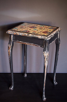 Whippet Table