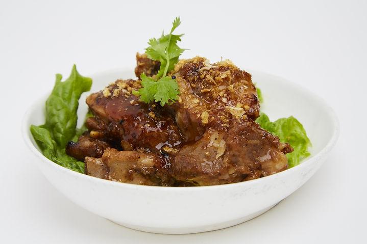 Ribs marinated ribs sautéed with garlic and Thai B.B.Q. sauce