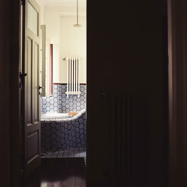 Dunkel bathroom 1.jpg