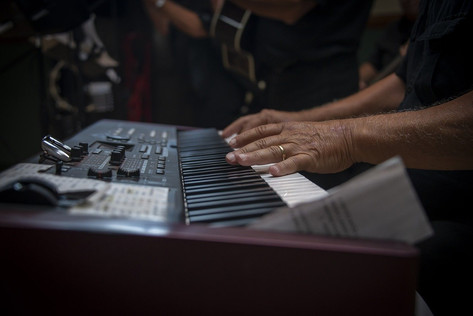 piano-3703616_1280.jpg