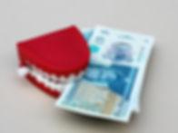 banking-british-cash-210586.jpg