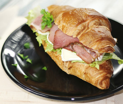 Croissant%20Sandwich_edited.jpg