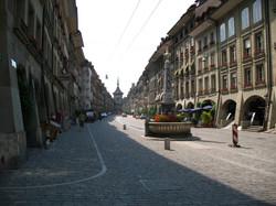 4571_-_Bern_-_Simsonbrunnen,_Zähringerbr