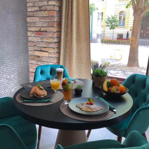 lotusrestaurant_1