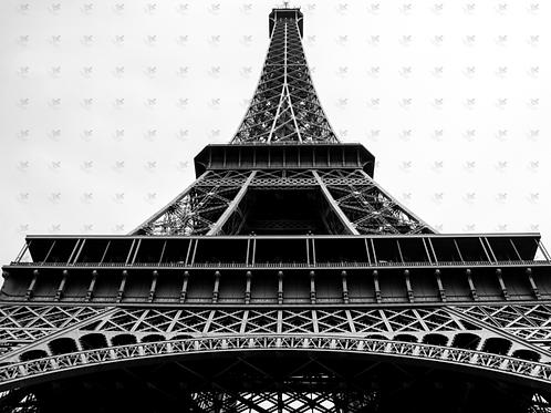 Diamond Dot Painting - Eiffel Tower B&W
