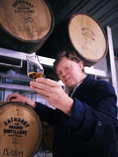 Toby_Whisky_Distillery.JPG