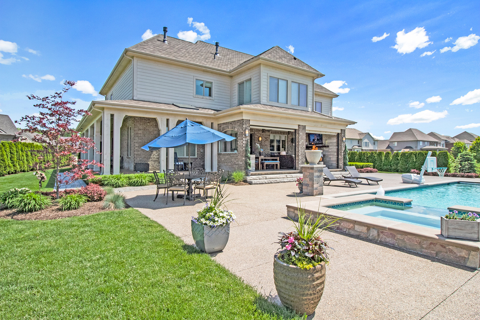 Rochester Hills Custom Estate