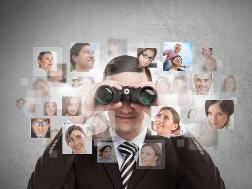 Tekniikka haltuun, kirkasta tavoite, keskeytä kohteliaasti ym. vinkkejä Online-treffeille