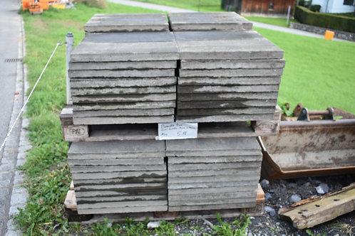Beton-Gehwegplatten