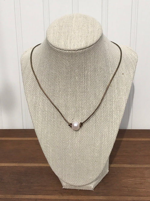 """Single Freshwater Pearl on Leather with Knots 17"""""""