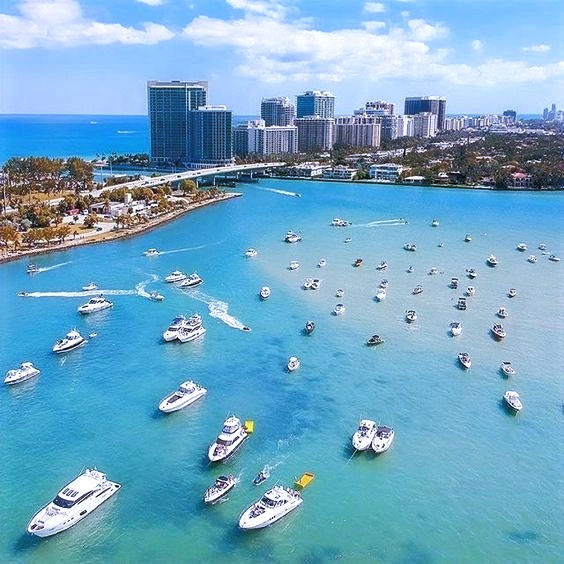 MIAMI SAND BAR SHUTTLE boat to rent in M