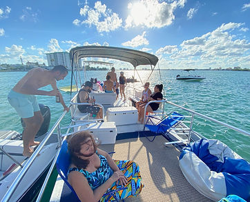 Pontoon Boat for rent Miami - boat tours