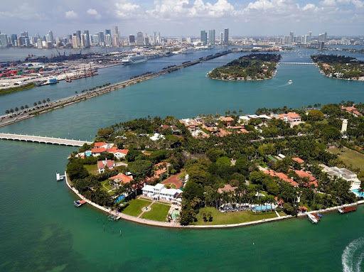 Star island Miami Boat tours.jpg
