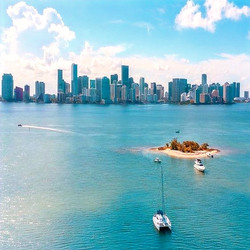 Miami and islands to visit with best Miami boat rental