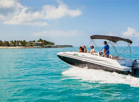 Renting a boat for your vacations: 5 practical tips - Miami, FL