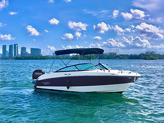Monterey%20-%20Aquarius%20Boat%20Rental%
