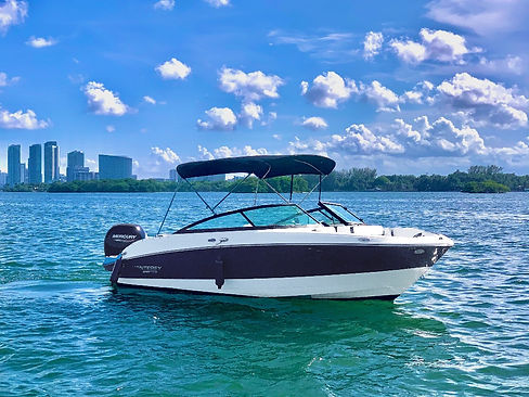 Monterey - Aquarius Boat Rental Miami is the best boat rental in town_