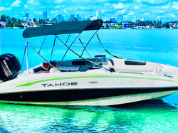 Tahoe - Amazing Tahoe Boat for Rent Miam