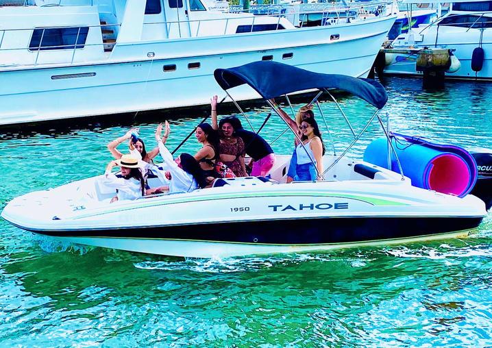 Tahoe - Aquarius Boat Rental Best Boat T