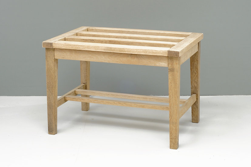 Stripped Oak Luggage Stand