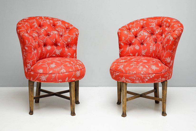 Pair of Deep Buttoned Rounded Corner Chairs