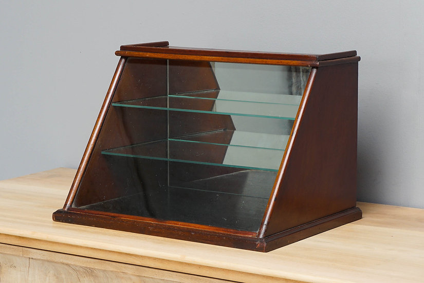 Counter Top Display Cabinet