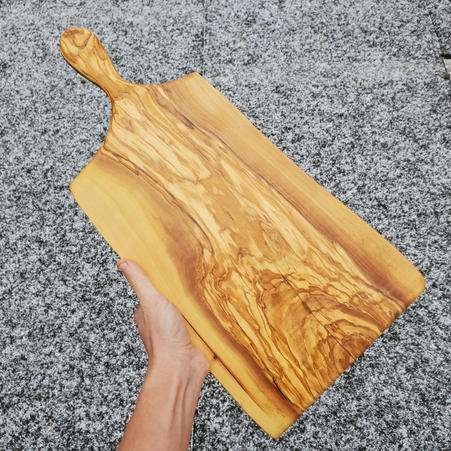 OLIVE WOOD WITH HANDLE - $80