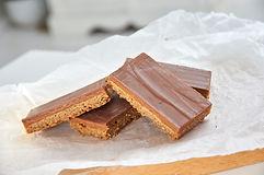 Caramel Biscuit Slice