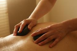 massage-pierres-chaude.jpg