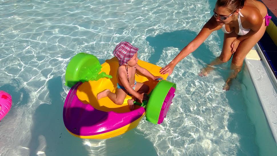 aqua paddler boat