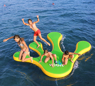 waterpark, víziélménypark, wibit hand, aquatrack, bérbe, bérelhető, bérlés, water-ball, waterball.hu, waterball, water ball, pálya, felfújható, játék