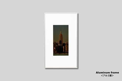 ニューヨーク,エンパイアステートビル,インテリア,写真,風景,マンハッタン,摩天楼,ビル群,インテリアフォト,アート,額入り,額装,オリジナルプリント,夕景,アートフレーム,おしゃれ,モダン,プレゼント,壁掛け,壁飾り,装飾,ウォールアート,新築祝い