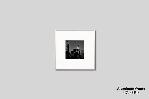 写真,ニューヨーク,インテリア,クライスラービル,風景,マンハッタン,ビル群,都会,モノクロ,正方形,額入り,壁掛け,額装,インテリアフォト,アート,額装,オリジナルプリント,アートフレーム,おしゃれ,モダン,プレゼント,壁飾り,新築祝い