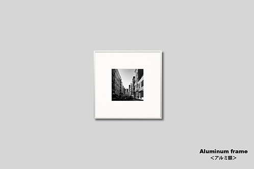ニューヨーク,写真,インテリア,モノクロ,正方形,マンハッタン,ソーホー,街並み,インテリアフォト,アート,額入り,額装,オリジナルプリント,アートフレーム,フォトフレーム,おしゃれ,モダン,プレゼント,壁掛け,壁飾り,ウォールアート,新築祝い