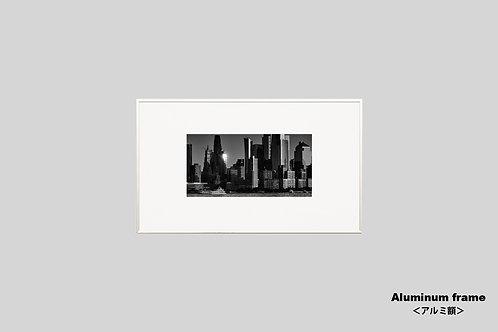 ニューヨーク,インテリア,写真,風景,マンハッタン,摩天楼,ビル群,都会,インテリアフォト,アート,額入り,額装,モノクロ,オリジナルプリント,アートフレーム,フォトフレーム,おしゃれ,モダン,プレゼント,壁掛け,壁飾り,ウォールアート,新築祝い