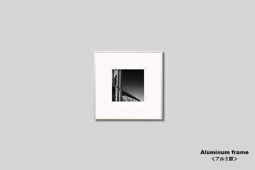 ニューヨーク,橋,写真,ブルックリンブリッジ,インテリア,モノクロ,正方形,額入り,壁掛け,風景,マンハッタン,インテリアフォト,オリジナルプリント,アートフレーム,おしゃれ,モダン,プレゼント,壁飾り,装飾,ウォールアート,新築祝い